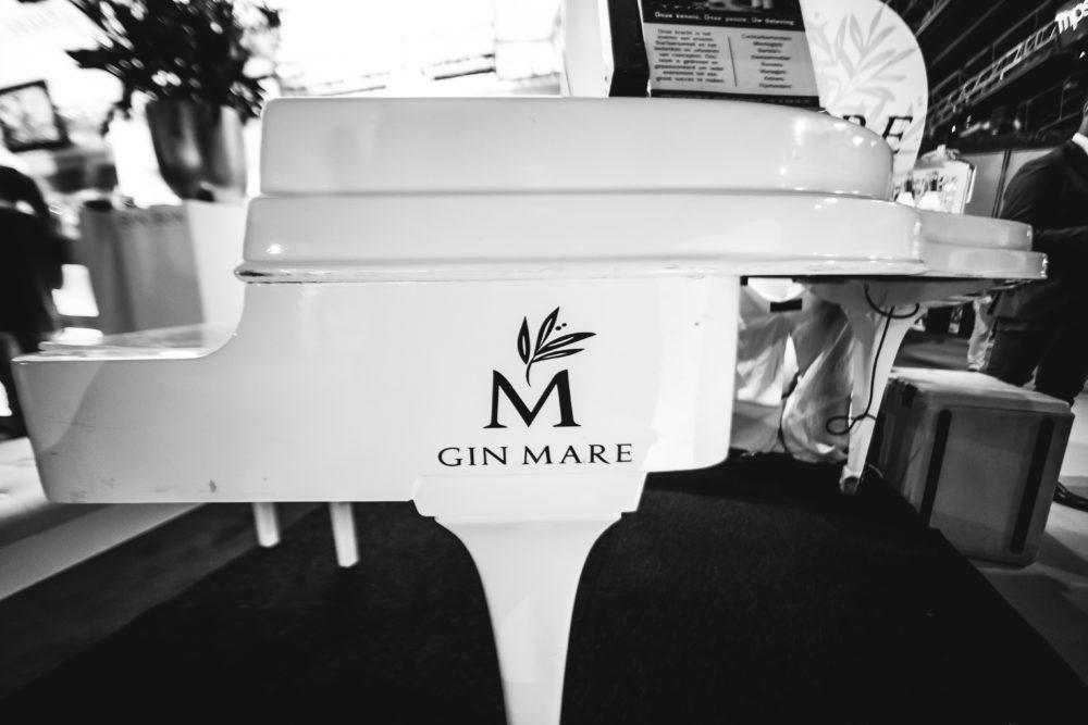 Uwbartender.nl - G&T Pianobar - Bon Bon Partyservice